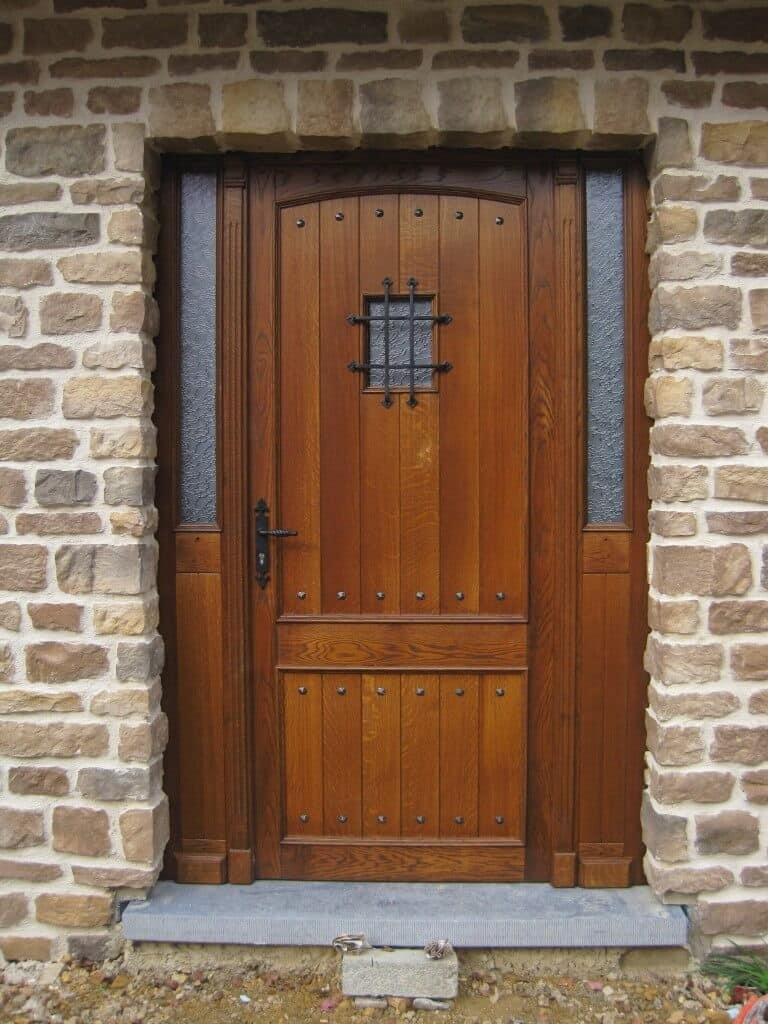 Réalisation d'une porte type ancien massif à Bastogne