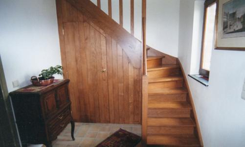 Réalisation d'un escalier en chêne quart tournant à Libramont